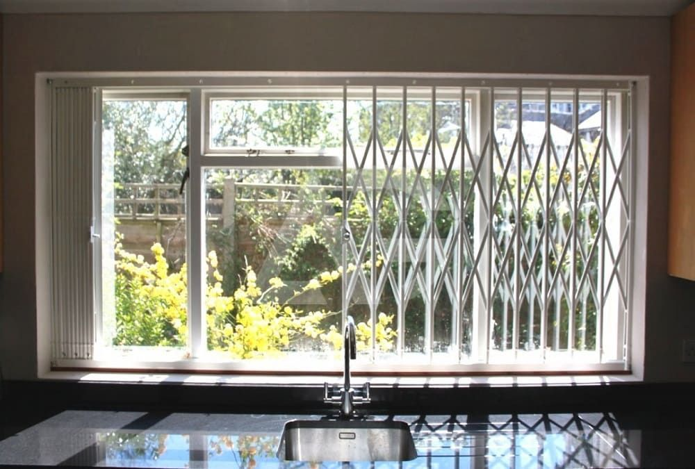 современные решетки на окна внутри фото уже сказал, ещё